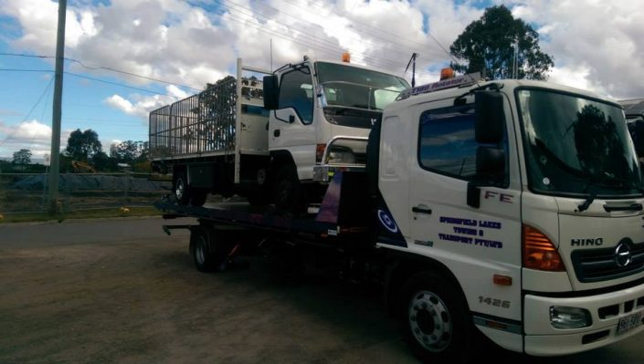 Towing Courier Truck