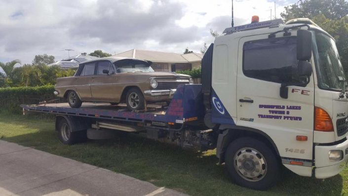 Towing Vintage Cars
