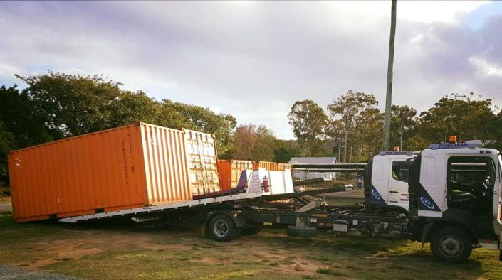Towing Containers