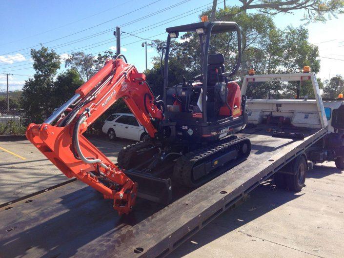 Towing Excavator